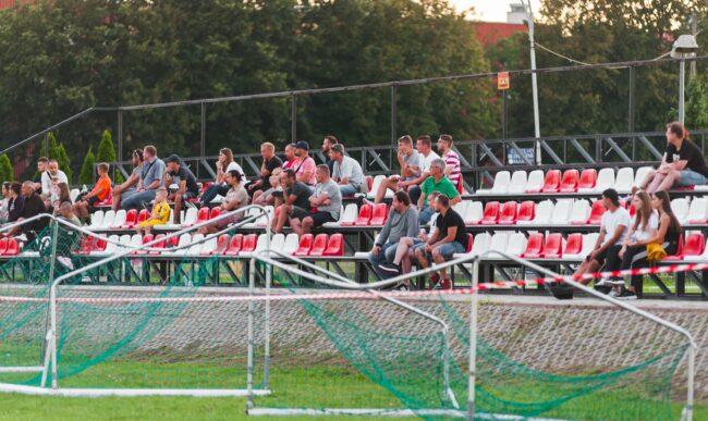 Piłka nożna: Druga porażka w sezonie. Heiro – Mrowalanka 1-2 (1-1)